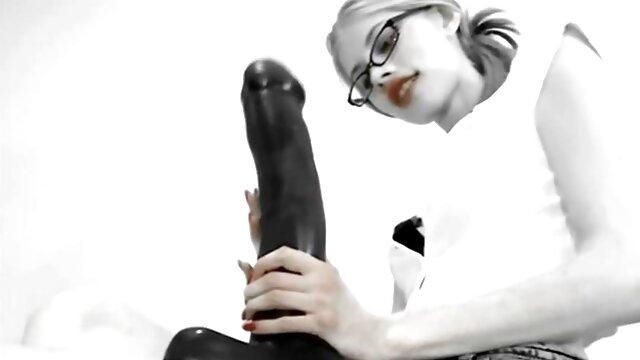 उसके मालिक के मुर्गा पर अजीब अजीब लड़की सेक्सी बीएफ इंग्लिश फिल्म gags