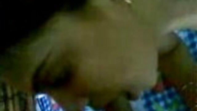 बिग गधा परिपक्व काली औरत फुल एचडी सेक्स फिल्म बिस्तर में कुत्ते शैली बकवास करने के लिए प्यार करता है
